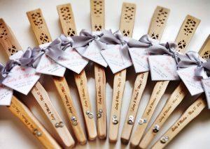 abanicos-regalos-de-boda