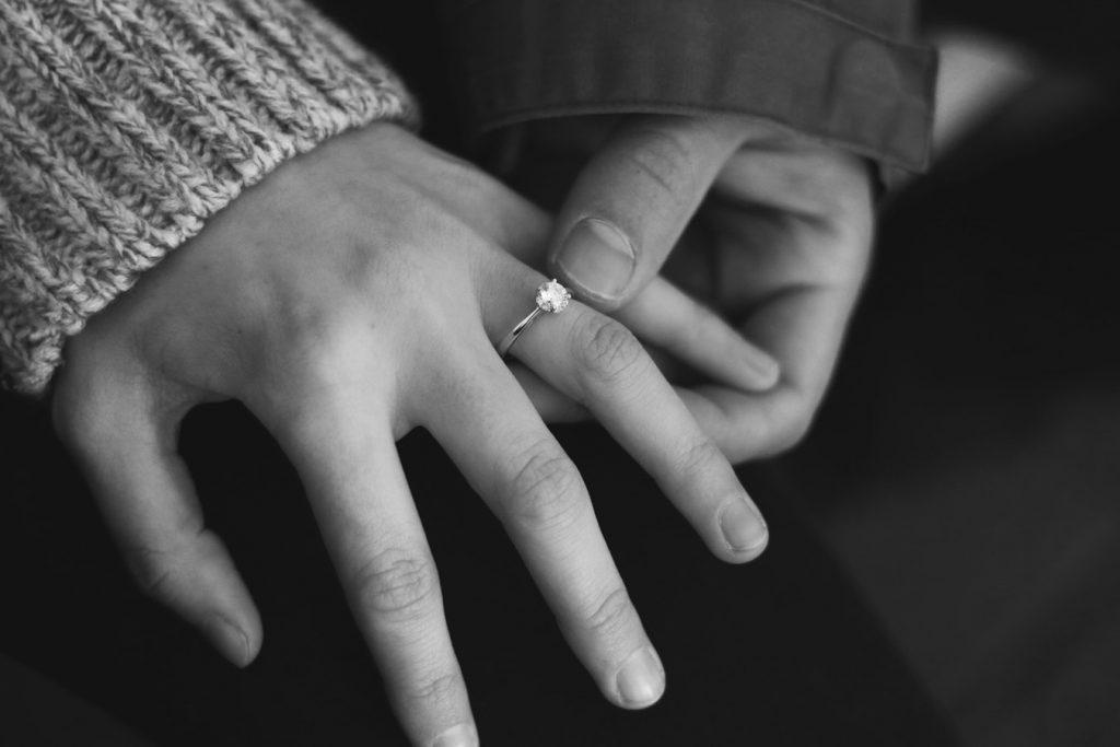 elegir el anillo de compromiso perfecto