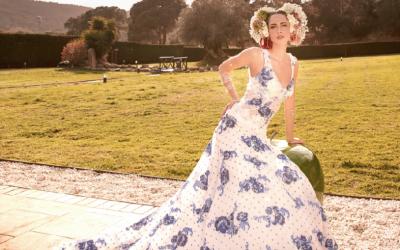 Vestidos de novia con color, ¡enamórate!