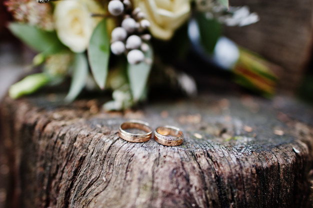 El origen de los anillos de boda